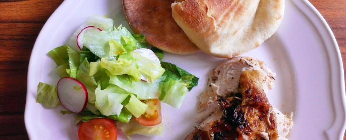 Grilované kuře z trouby s domácím pita chlebem