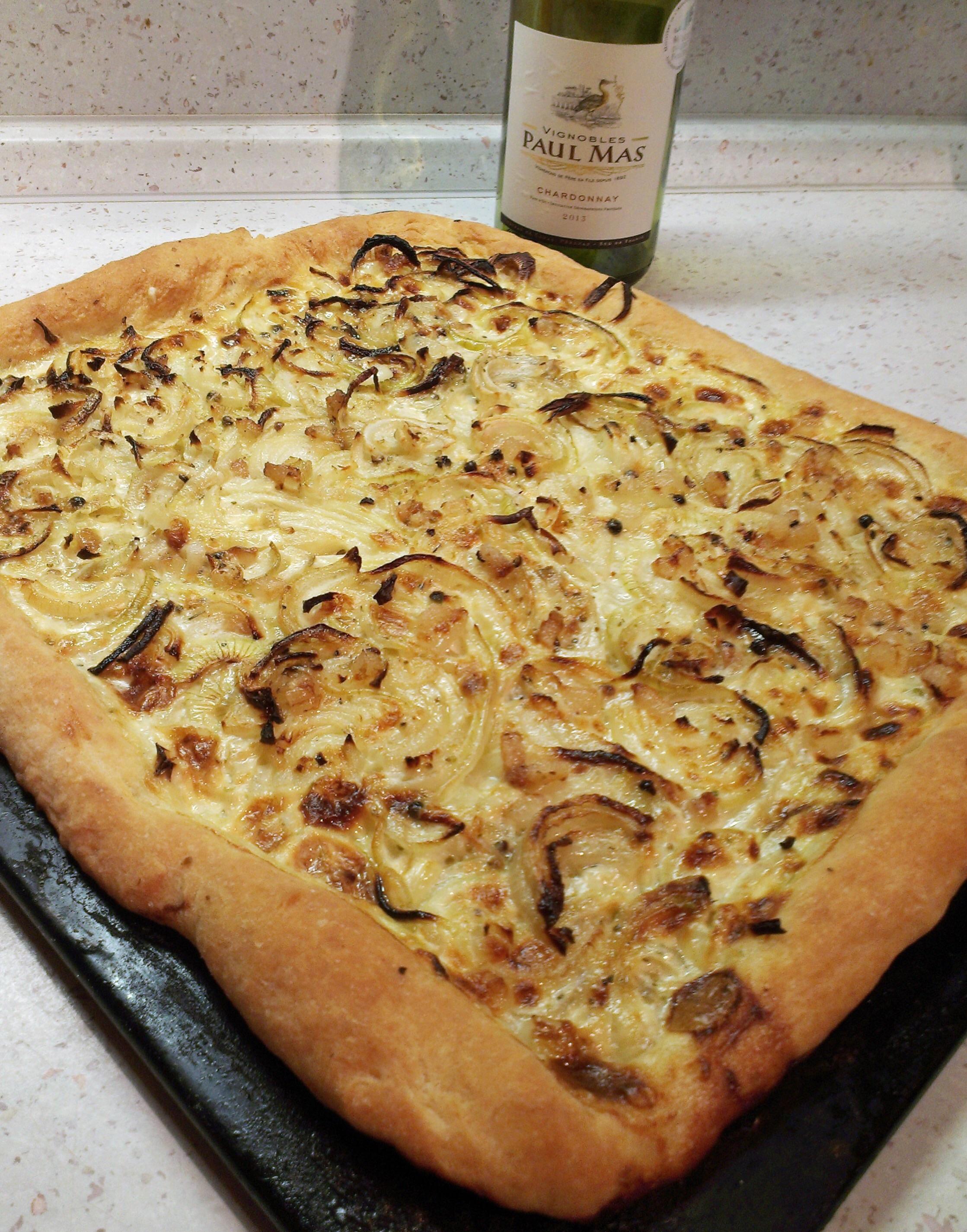Cibulový koláč s iberijským špekem