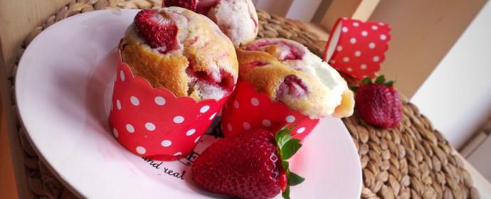 Jahodové muffiny s tvarohem